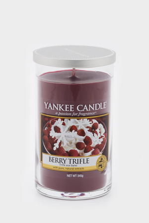 Свеча с. Berry Trifle 340 гр Yankee Candle
